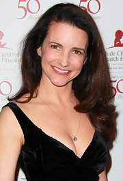 Kristin Davis wore her hair in long loose curls at the 50th Anniversary Celebration for St. Jude Children's Research Hospital.