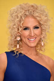 Kimberly Schlapman styled her signature curls into a loose updo for the CMA Awards.