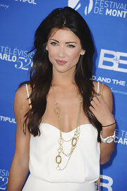 Jacqueline MacInnes Wood glammed up her simple dress with a gorgeous gold chain necklace at the Monte Carlo TV Festival.
