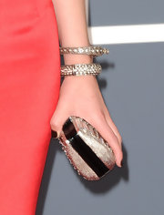 Sara's wrists were heavily adorned with sparkling bangles for the Grammy Awards.