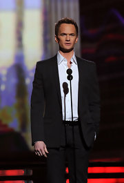 Neil presented at the Grammy Awards in a classic suit sans tie.