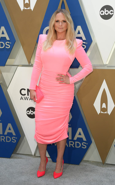 Miranda Lambert finished off her all-pink look with a micro-beaded clutch.