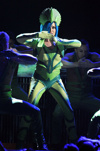 More Pics of Katy Perry Jumpsuit (4 of 22) - Suits Lookbook - StyleBistro [katy perry,performance,entertainment,performing arts,dancer,performance art,event,stage,public event,musical theatre,dance,54th annual grammy awards,show,california,los angeles,staples center]