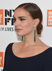 Natalie Portman glammed up her simple 'do with a pair of dangling gemstone earrings by Van Cleef & Arpels.