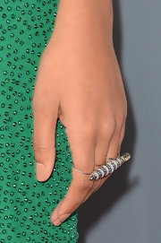 Solange Knowles rocked a multi-finger diamond knuckle ring at the 2013 Grammys.