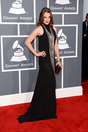 Rocker chic Lzzy Hale paired a simple black gown with a super long, chainlink necklace for an added edge!