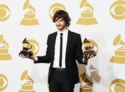 Rocker Goyte celebrated his Grammy win and looked stylish too in a classic black, skinny tie.