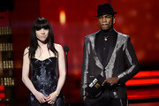 Ne-Yo grabbed lots of attention at the 2013 Grammys with this metallic blazer.
