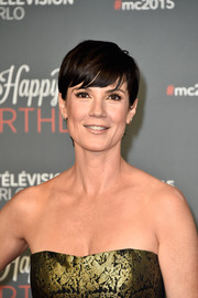 Zoe McLellan looked breezy wearing this short 'do at the 2015 Monte Carlo TV Festival.