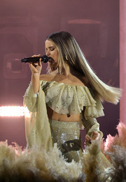 Maren Morris performed at the 2021 ACM Awards wearing a frilly off-the-shoulder crop-top.