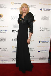 The voluminous shoulder detailing on Judith Light's evening gown was sophisticated and unique.