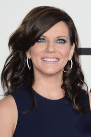 Martina McBride looked lovely at the Grammys with her curls and side-swept bangs.