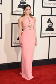 Katharine McPhee made a jaw-dropping entrance at the Grammys in a pink Emilio Pucci column dress with a cleavage-baring, metal-accented cutout.