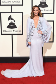 Keltie Knight looked diva-ish at the Grammys in a beaded pale-blue kimono-style gown.