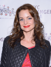 Kimberly Williams-Paisley wore her hair down in lovely curls at the African Children's Choir Gala.