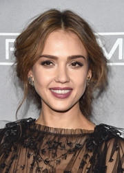 Jessica Alba looked oh-so-romantic wearing this loose center-parted braid at the Baby2Baby Gala.