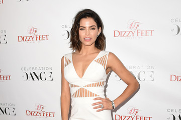 Look of the Day: Jenna Dewan-Tatum's Pretty All-White Ensemble