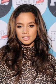 Dascha Polanco framed her pretty face with long, bouncy curls for the People En Espanol Festival.