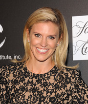 Kelly Noonan attended the PSLA Autumn Party sporting a cute flip hairstyle.