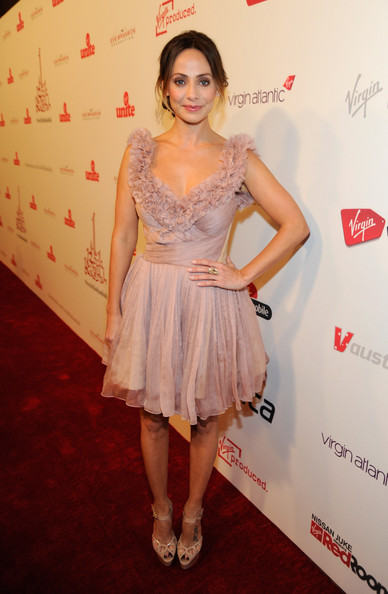 Natalie Imbruglia was a stunner on the Rock the Kasbah red carpet in a mauve cocktail dress with a ruffle neckline.