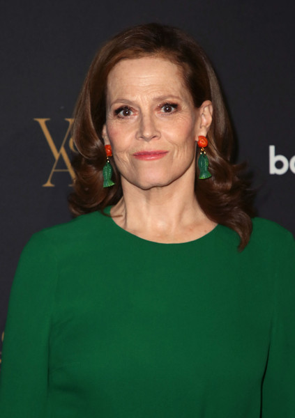 More Pics of Sigourney Weaver Dangle Decorative Earrings (4 of 7) - Sigourney Weaver Lookbook - StyleBistro [hair,face,green,hairstyle,eyebrow,premiere,brown hair,long hair,smile,sigourney weaver,burbank,california,warner bros. studios,voice arts awards]
