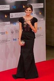 Amaia Salamanca looked stunning in a black floor-length taffeta and lace gown at the Donostia Awards 2012.