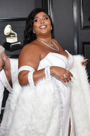 Lizzo's nails were literally dripping with crystals at the 2020 Grammys!