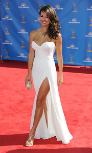 TV personality Brooke Burke walked the 62nd Annual Primetime Emmy Awards red carpet wearing ivory Swarovski crystal hourglass heels.