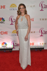 For the Miss Universe Pageant, Natalie Morales donned a beaded, keyhole-neckline gown that had echoes of 1920's glamour.