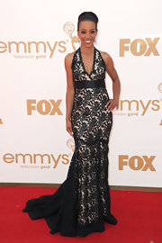 Shaun was on trend at the Emmys in a halter neck gown with fluted shape skirt made of re-embroidered lace and accented at the waist with a satin belt.