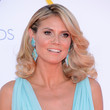 Heidi Klum's '70s Waves and Metallic Shadow