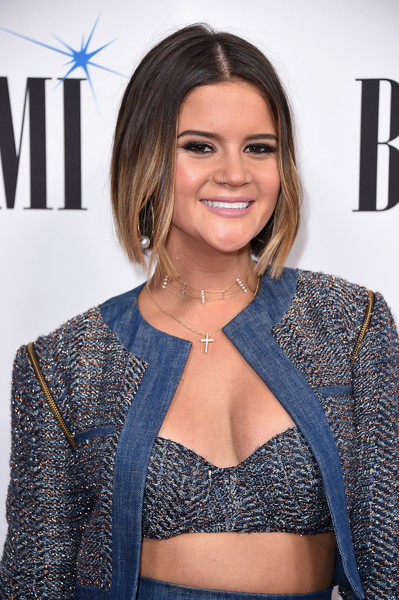 More Pics of Maren Morris Bob (4 of 7) - Maren Morris Lookbook - StyleBistro [hair,clothing,hairstyle,premiere,beauty,shoulder,outerwear,electric blue,long hair,neck,arrivals,maren morris,bmi country awards,awards,nashville,tennessee,bmi country]