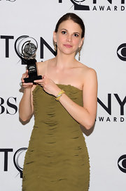 Sutton sparkled in a 1960's 18-karat gold and diamond bracelet at the 65th Annual Tony Awards.