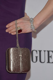 Bernadette Peters held onto a small box clutch at the Tony Awards.