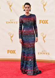 Jaimie Alexander looked absolutely entrancing in this Armani Prive multicolored beaded gown during the Emmy Awards.
