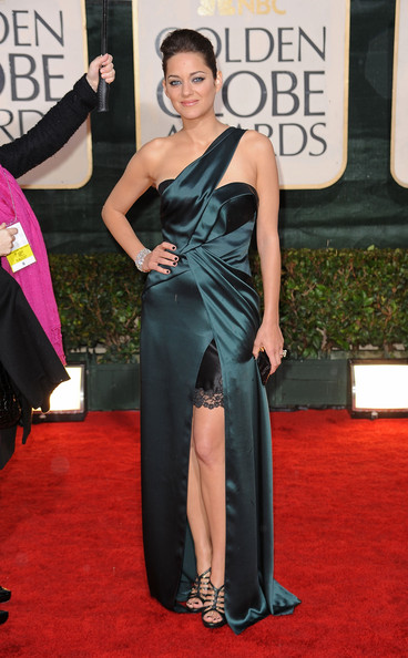 http://www2.pictures.stylebistro.com/gi/67th+Annual+Golden+Globe+Awards+Arrivals+bE6DvEw3XCcl.jpg