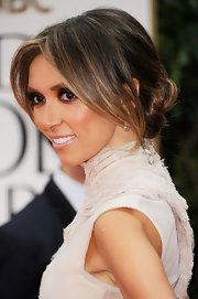 Giuliana Rancic wore her hair with long bangs and the rest pulled back into a low loose bun at the 69th Annual Golden Globe Awards.
