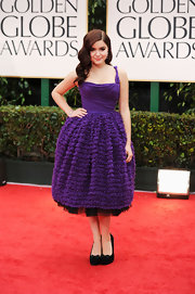 Ariel Winter looked sweetly youthful in a bright purple cupcake dress at the Golden Globes.