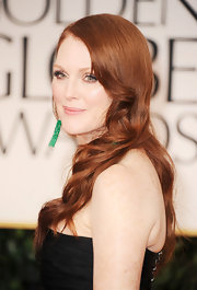 Julianne Moore wore her long hair in sleek waves at the 69th Annual Golden Globe Awards.