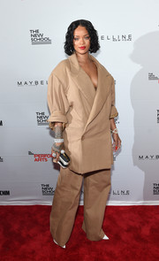 This larger-than-life Matthew Adams Dolan pantsuit looked just about right for the sartorially confident Rihanna!