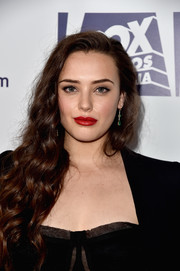 Katherine Langford's red lipstick totally lit up her pretty face!
