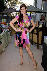 Sara Rue showed off her printed wrap dress while hitting the Pre-Emmy gift suite.