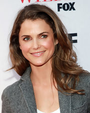 Keri Russell wore her hair in big bouncy curls at the 'Running Wilde' premiere.