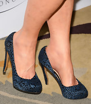 Dana Delany topped off her evening look with these midnight blue lace-style pumps.