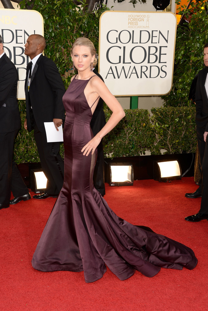 Singer Taylor Swift arrives at the 70th Annual Golden Globe Awards held at The Beverly Hilton Hotel on January 13, 2013 in Beverly Hills, California.