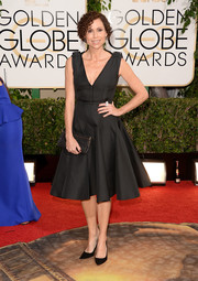 Minnie Driver oozed '50s charm in this fit-and-flare LBD during the Golden Globes.