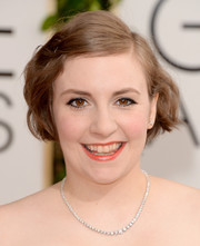 Lena Dunham looked darling with her short wavy 'do at the Golden Globes.