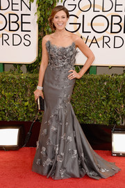 Thea Andrews looked enchanting in an appliqued gray mermaid gown by Ali Rahimi during the Golden Globes.