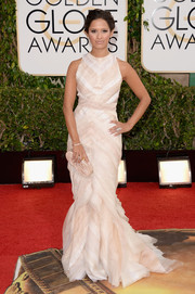 Rocsi Diaz looked ethereal in a sleeveless white mermaid gown by J. Mendel during the Golden Globes.