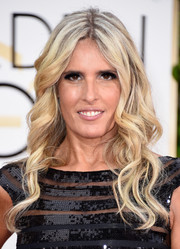 Tiziana Rocca finished off her Golden Globes look with boho-style waves.